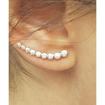 Contours d'oreilles en plaqué or avec 9 pierres serties.