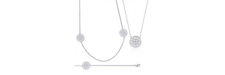 Bracelets & Colliers en argent.